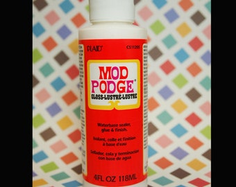Mod Podge- 4 Ounces - For your Glass Pendants, Scrabble Tile Pendants, Bottle Caps, Magnets... A Terrific Adhesive and Resin