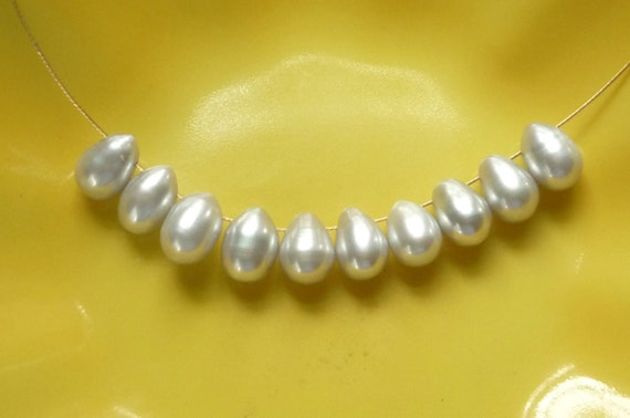 10 pcs Silver gray teardrop  freshwater pearl briolettes ((9-10x7mm)