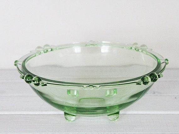 Vintage Green Glass Bowl Serving Salad Fruit Uranium Depression Vaseline