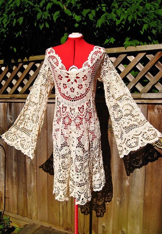 RESERVED for GundrenBragwen   Vintage 70s Crochet Lace Tablecloth Hippie Caftan Dress M L XL