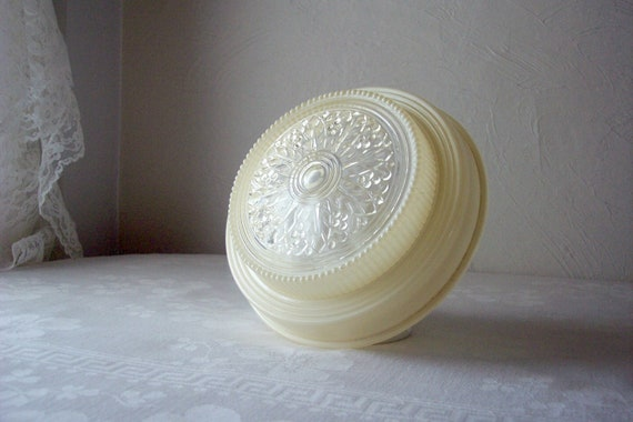 vintage art deco light fixture shade cream and clear glass round medallion