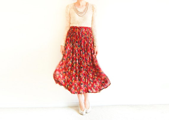 Vintage Boho Floral Crepe Pleat Maxi Skirt with Drawstring Waist