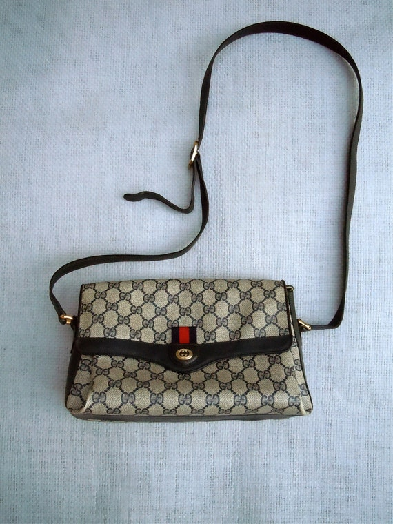 Gucci Bag/ 70s-80s Navy Blue, red details, Monogram G, Authentic Gucci Accessory Collection, Italy