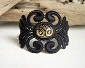 Acacia lace bracelet with vintage owl cabochon