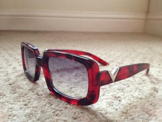 90's does 70's movie star valentino red sunglasses glasses designer fade