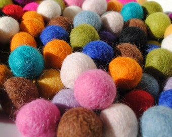 2cm Wool Felt Balls - Choose your colours - Pack of 20