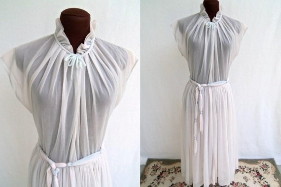 Vintage 60's Chiffon Robe Lingerie Small