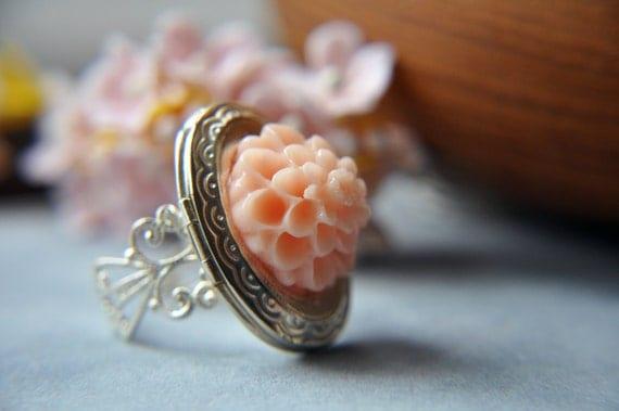 Flower Locket Ring - Silver Adjustable Filigree Ring Band - Pink Peach Mum - Keepsake - Black Friday