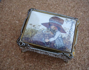 Vintage Jewelry/Trinket Box