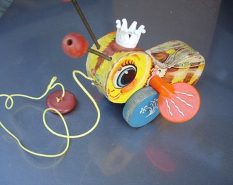 Vintage Fisher Price Queen Buzzy Bee Pull Toy