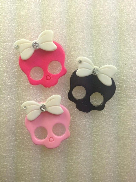 WhiTe BoW SKuLLs 3 pieces KaWaii Resin Flatback Cabochon...USA SHIPPING...50% oFF WiTh CoUPoN