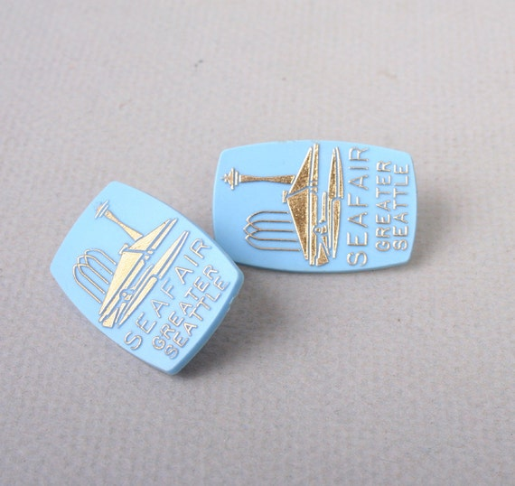 60s Novelty SEATTLE EARRINGS / Large Pale Blue Seafair Clip ons