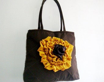 Sewing Pattern Quilted Bag, Purse Bag with Ruffle Pattern, Flower Applique Bag Pattern