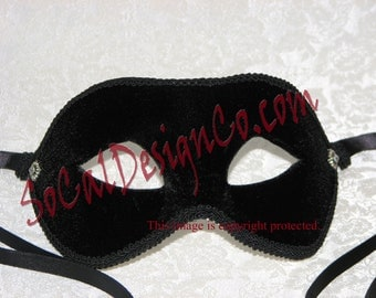 Black Velvet Mens Masquerade Mask