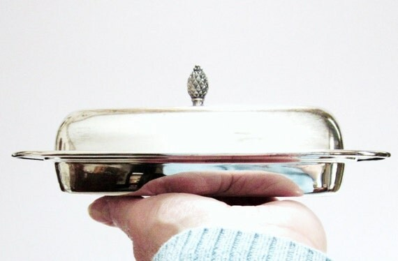 Covered Butter Dish Silverplate Vintage Paul Revere Reproduction WM A Rogers Colonial Primitive
