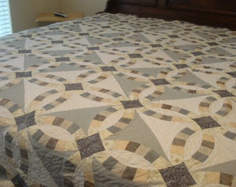 Double Wedding Ring Quilt  - King Size Hand Stitched