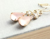 Pink Glass Earrings Bridal Earrings Vintage Glass Rose Pink Crystal Rhinestone Estate Style Wedding Jewelry French Romantic Pretty in Pink