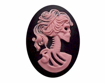 Zombie Lolita day of the dead Pink Black skull Skeleton Resin 25x18 Cameo Emo skull jewelry  419x