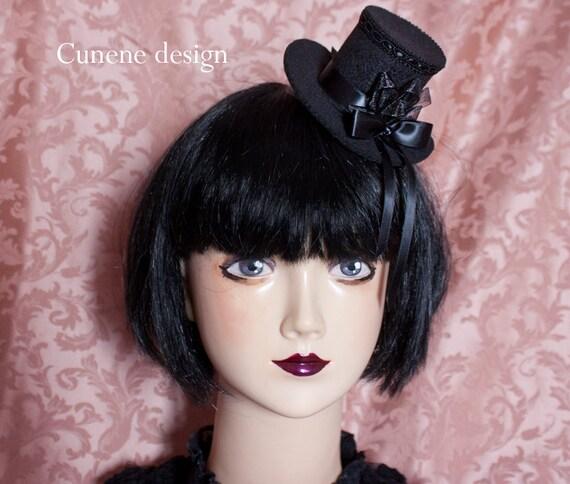 Cunene simple black mini tophat