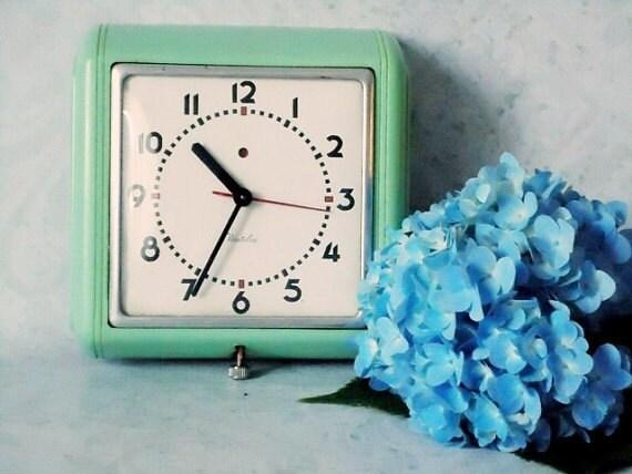 1940s Jadeite Jadite Green Kitchen Wall Clock Mint Green