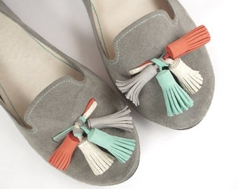 Loafers Shoes in Gray Leather and Colorful Tassels - Handmade Slip on Shoes