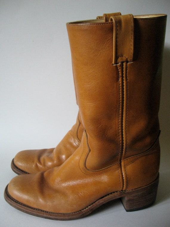 Vintage golden tan leather engineer boots unisex wood heel like Frye men's SZ 8 made in Canada