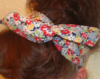 Dolly Bow, Retro, 50's Blue with Bright Red Flowers Wire Headband