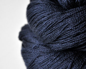 Late hour - Merino/Silk/Cashmere Fine Lace Yarn