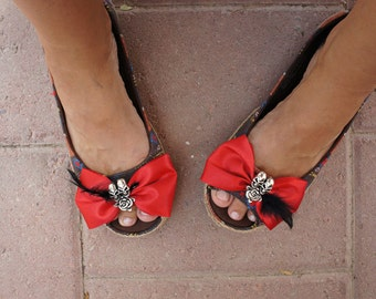 Olivia Paige - Indian bow feather Shoe clips