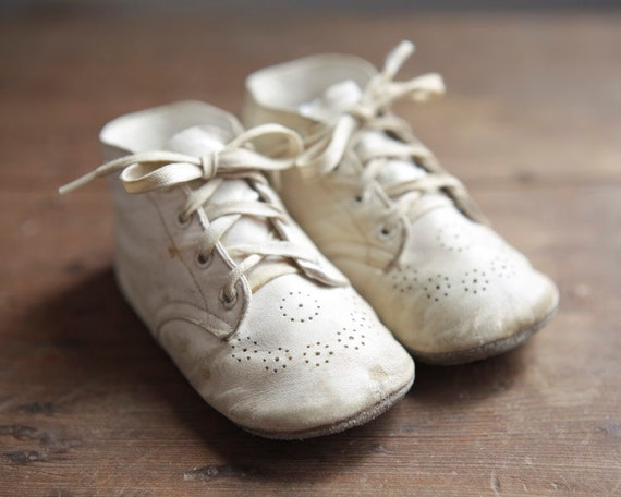 Vintage Baby Shoes - White Leather Toddler Booties
