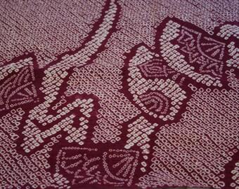 Plum Shibori with Fans - Vintage Kimono Silk Fabric