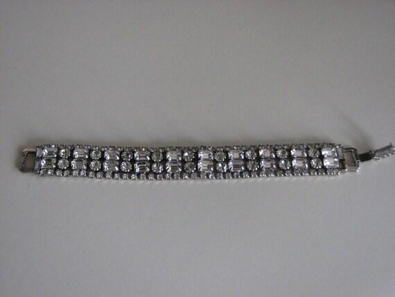 SHOP CLOSING SALE........Vintage Wedding Rhinestone Bracelet