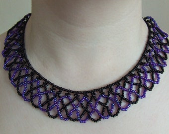 Black & Peacock Netted Bead Necklace