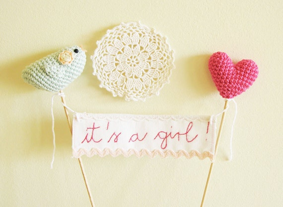 It's a girl Cake Banner, Baby Shower Cake Topper, Crochet Baby Shower Gift, Baby Girl Shower Decor