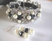 Black Bridal Pearl Bracelet  - Swarovski pearls and rhinestone /  Bridal Bracelet ,Weddings  Rinestone, Crystal,pearl