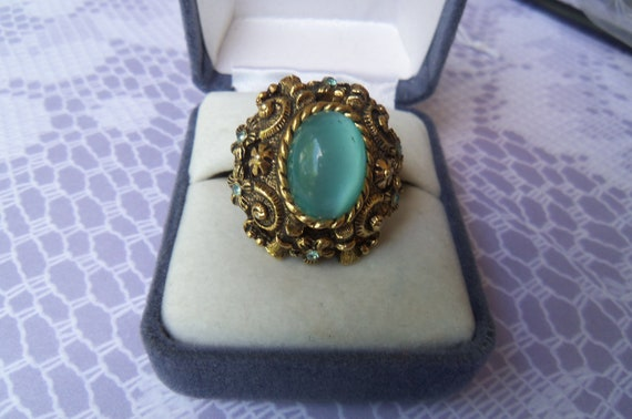 Vintage Sarah Coventry 1970's Czarina Turquoise Moonstone Cabochon Adjustable Ring