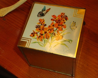 Wonderful 1940's British-Made, LITHOGRAPHED, Square Vintage Tin W/Bees, FLOWERS, Butterflies & Hinged Lid
