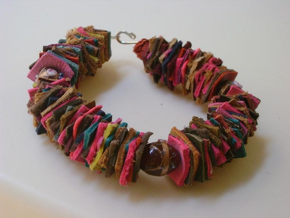 Leather and glass bead bracelet inspired by Morocco