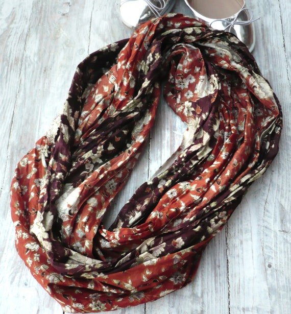 Infinity Scarf in recycled sari silk, Wearable Woman  accesories TI