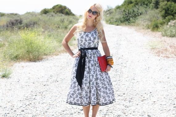 VTG 50s Black & White Print Dress w/ Waist Tie S/M