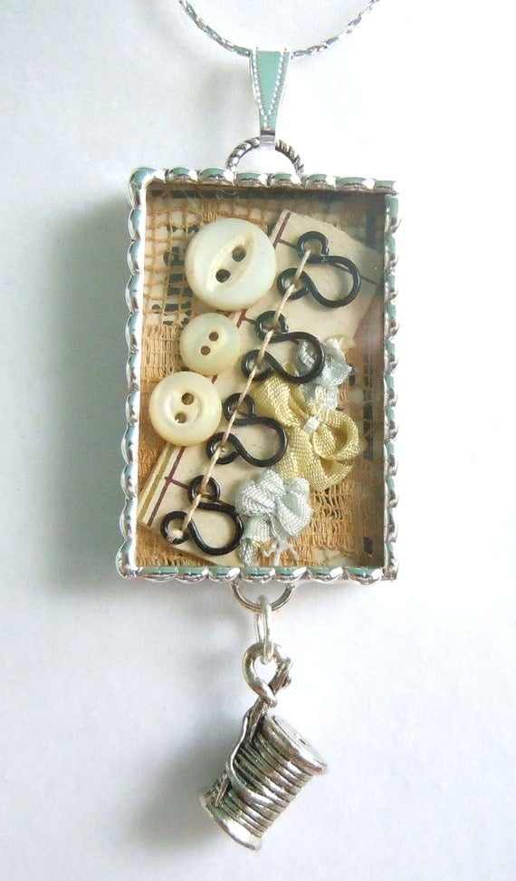 Fiona And The Fig Victorian I Love To Sew Antique Shadowbox Necklace Pendant Jewelry Charm