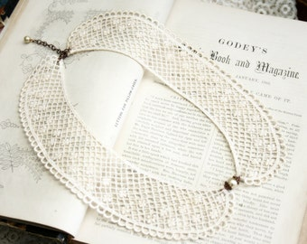 lace collar necklace -ELIZA- ecru beige ivory