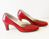 Vintage 50's Red Faux Snakeskin Shoes 5-1/2 AA
