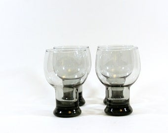Smokey Grey. Set of 4 Mid Century Modern Smoke Grey Glass Tumblers. Set of 4 MCM glasses
