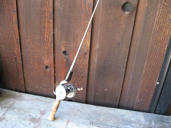 true temper antique fishing rod