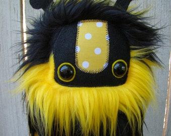 bumble bee, cute monster plush, Stuffed Bee