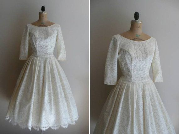 Vintage 1950s Lace Wedding Dress