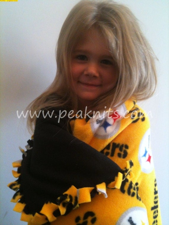 Pittsburgh Steelers Fleece Blanket - Black and Yellow - Tied, Braided and Double Lined, Machine Wash and Dry