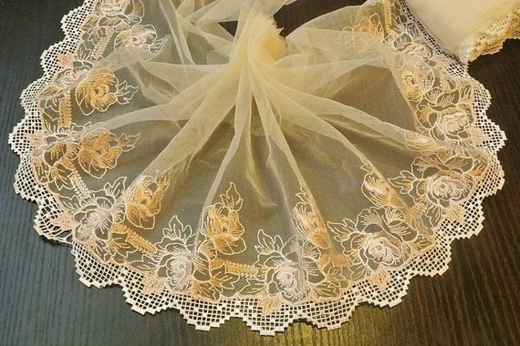 1.36 Yards Beige Lace Trim Rose Flower Embroideried Tulle Lace 9.44 Inches Wide