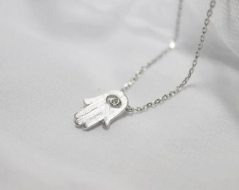 Hamsa hand Necklace in silver - S2273-2
